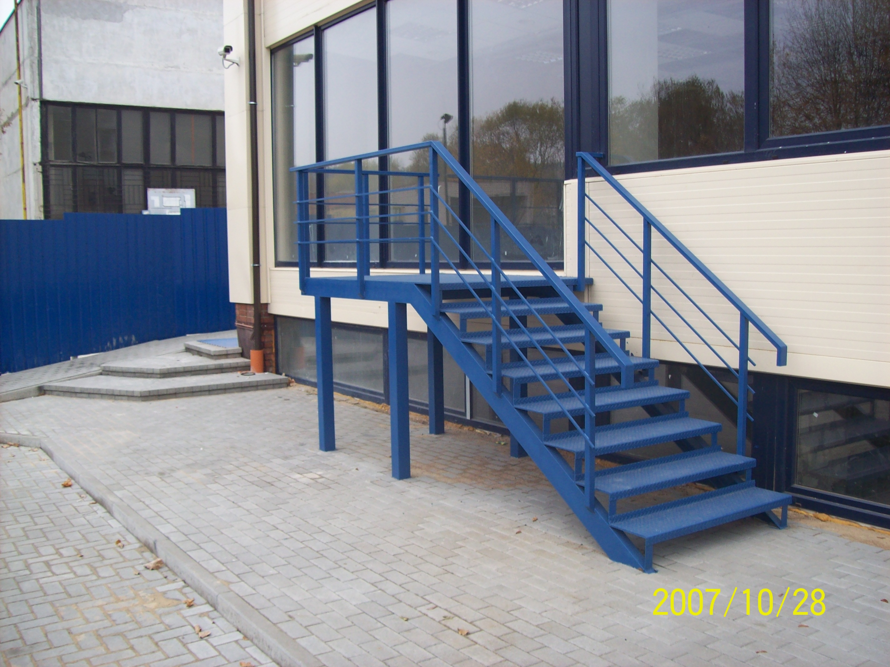 Metaliniai lauko laiptai kaina