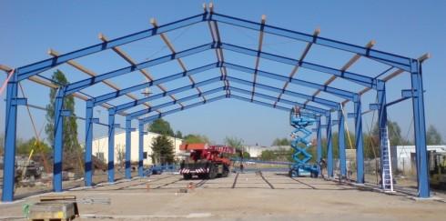 Metalinių konstrukcijų privalumai