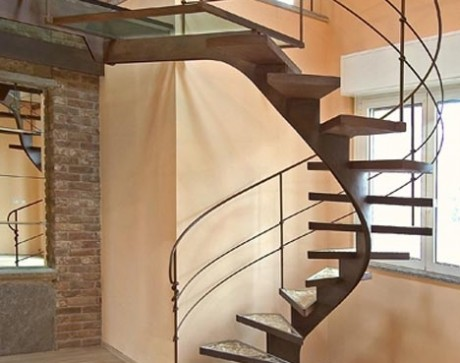 steel-spiral-staircase-photo